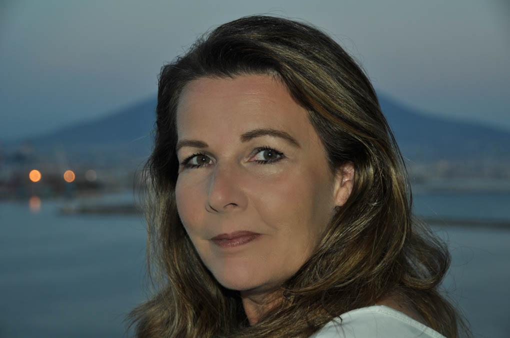 Larissa Weckert Ocskay
